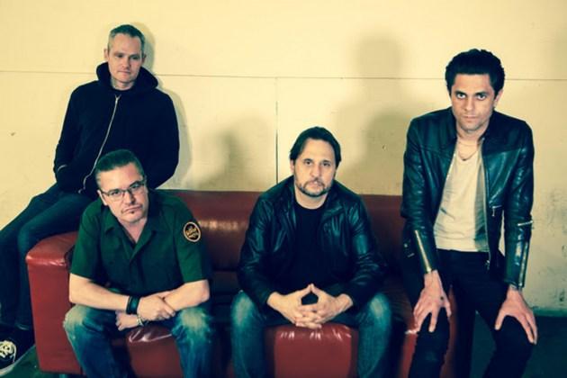 DeadCross-Band